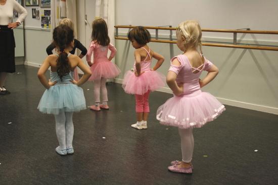 Balett för barn på Hemgården Borås